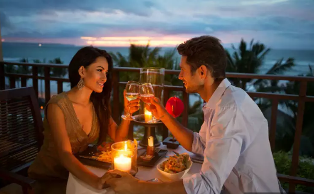 EAT, PRAY, LOVE: 10 HONEYMOON DESTINATIONS THAT ARE PERFECT FOR FOODIE COUPLES
