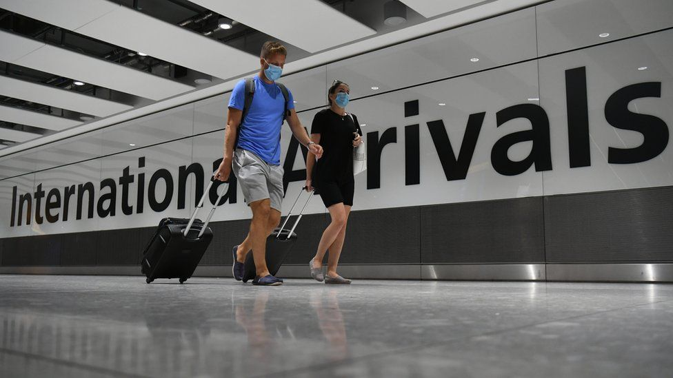 Covid: Why hasn't the UK banned all international flights?